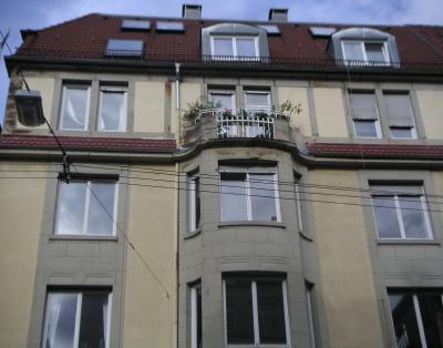 3 Zi.-Altbau-Wohnung